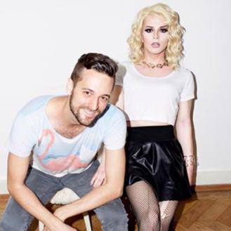 Alexander Wenger und Vicky Goldfinger sind bereit für die Zurich Pride. (Bild: Marcel Götz)