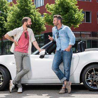 Ein Speed-Dating der anderen Art – eine gemeinsame Ausfahrt im Cabrio. (Bild: Mazda)
