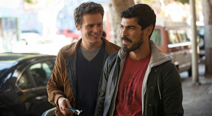 Patrick (links) war nicht bereit für die Beziehung mit Richie. Was wohl nun im Film passiert? (Bild: HBO)