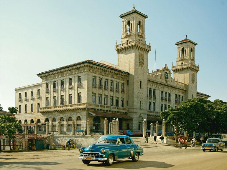 Wie eine Zeitreise: Die kubanische Hauptstadt Havanna. (Bild: Pink Cloud)