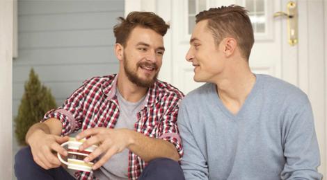 er sucht ihn gewinne eine premium mitgliedschaft von gayparship. Black Bedroom Furniture Sets. Home Design Ideas